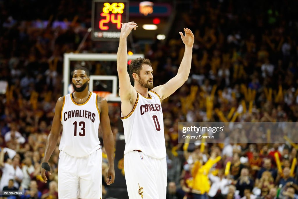 Boston Celtics v Cleveland Cavaliers - Game Four : News Photo
