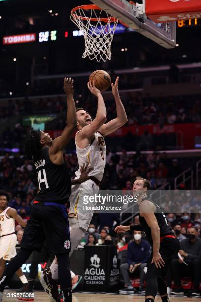 Kevin Love of the Cleveland Cavaliers takes a shot against Terance Mann of the LA Clippers in the second quarter at Staples Center on October 27,...