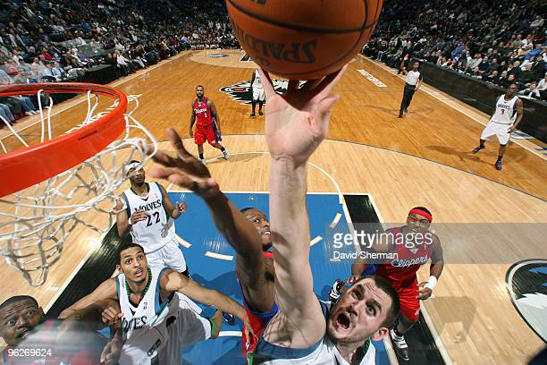 Kevin Love of the Minnesota Timberwolves goes to the glass against Al Thornton of the Los Angeles Clippers during the game on January 29 2010 at the...