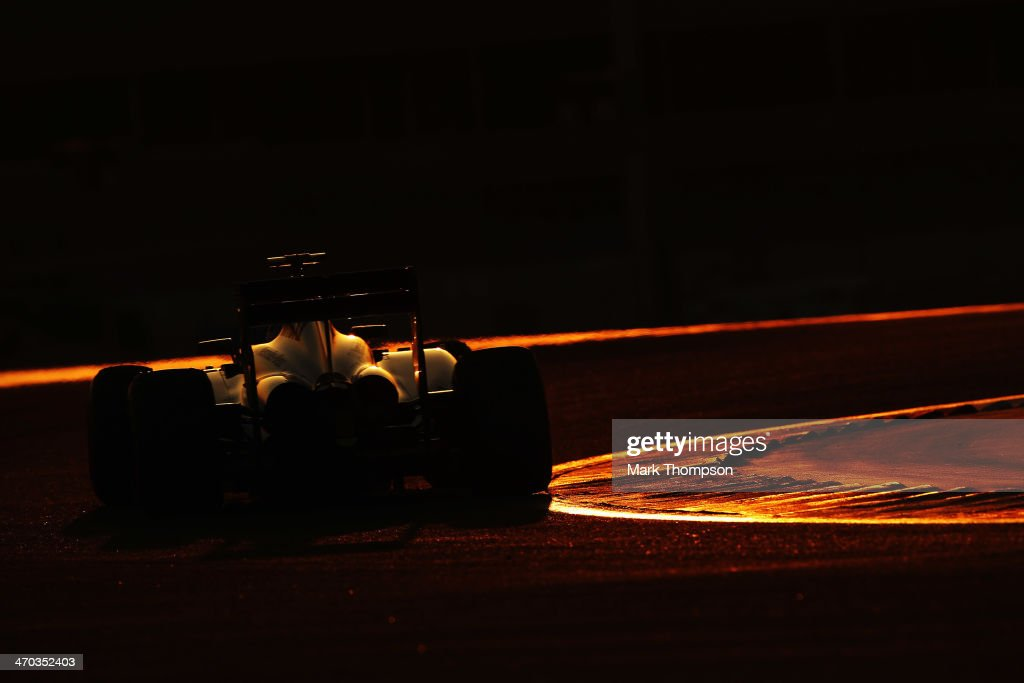 UNS: Global Sports Pictures of the Week - 2014, February 24