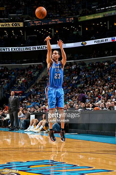Kevin Martin of the Oklahoma City Thunder shoots a threepointer against the New Orleans Hornets on November 16 2012 at the New Orleans Arena in New...