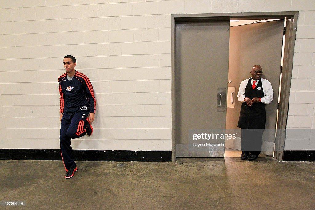 Oklahoma City Thunder v Houston Rockets - Game Six : News Photo