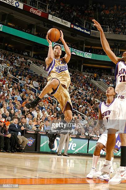 Kevin Martin of the Sacramento Kings shoots againsst the Phoenix Suns in an NBA game played on February 10 at US Airways Center in Phoenix Arizona...