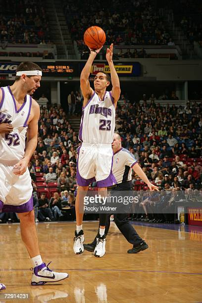Kevin Martin of the Sacramento Kings shoots over Brad Miller against the New York Knicks at ARCO Arena January 2 2007 in Sacramento California NOTE...