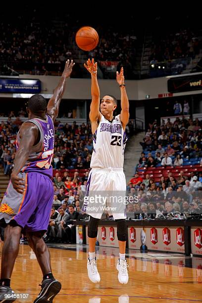 Kevin Martin of the Sacramento Kings shoots the ball over Jason Richardson of the Phoenix Suns on February 5 2010 at ARCO Arena in Sacramento...