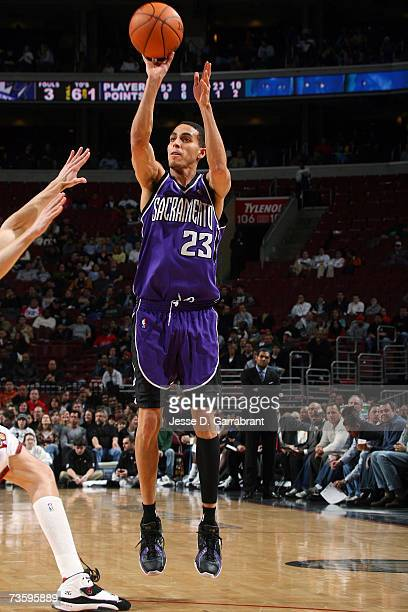 Kevin Martin of the Sacramento Kings takes a jump shot against the Philadelphia 76ers during the game at Wachovia Center on February 26 2007 in...