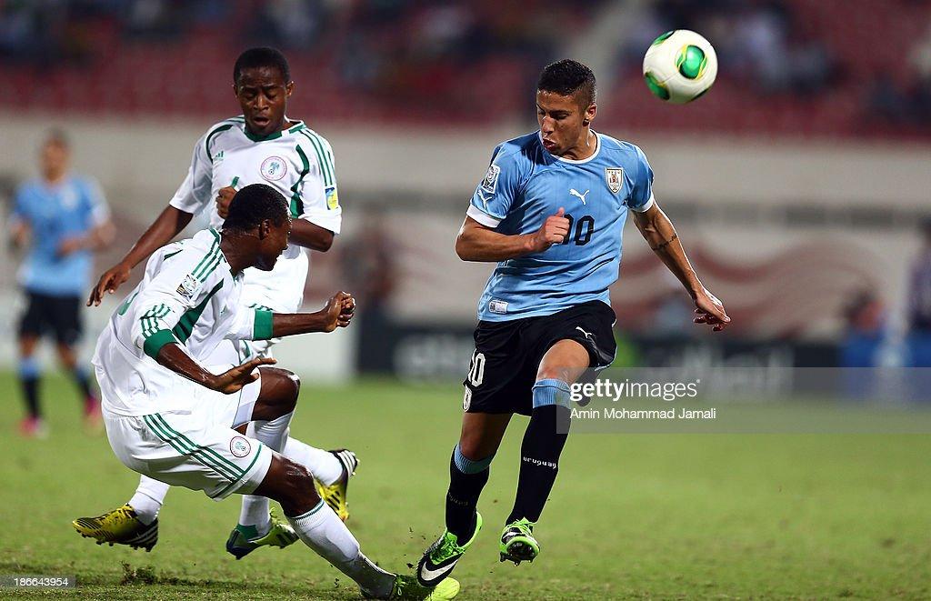Uruguay v Nigeria: Quarter Final - FIFA U-17 World Cup UAE 2013 : News Photo