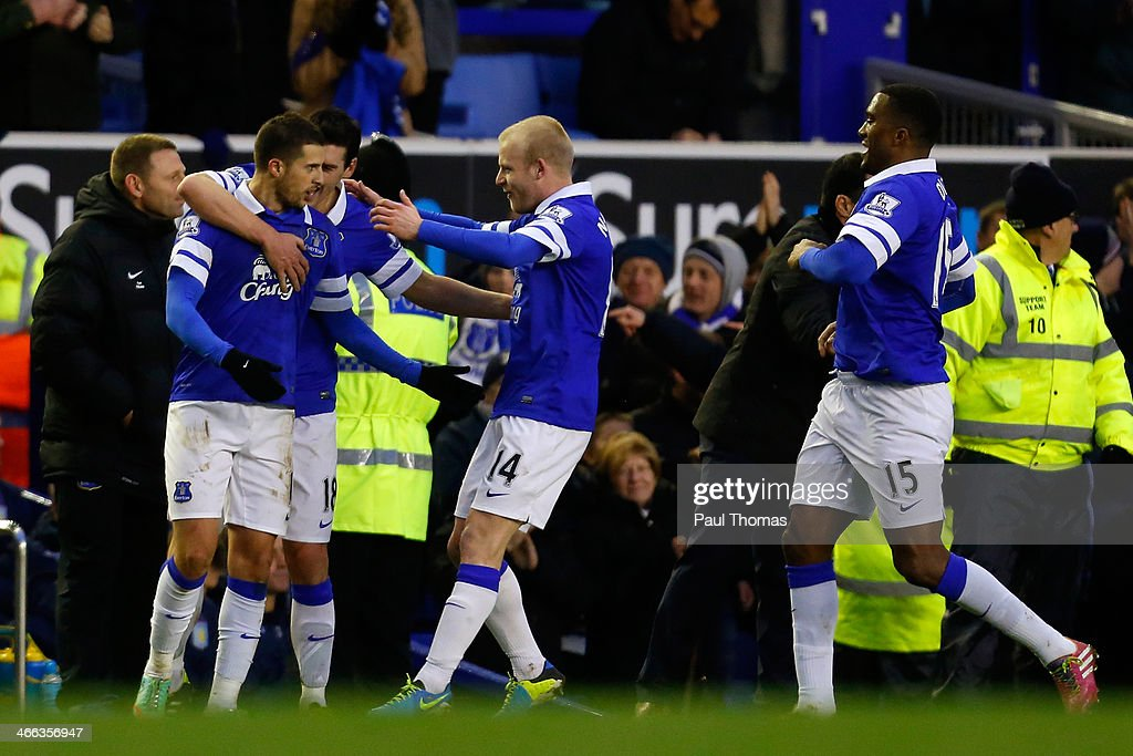Kevin Mirallas (L) of Everton celebrates after scoring a goal with team mates during the Barclays Premier League match between Everton and Aston Villa at Goodison Park on February 1, 2014 in Liverpool, England.
