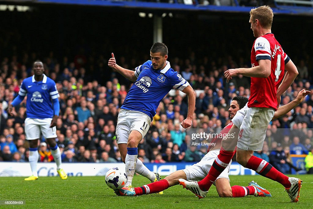 Kevin Mirallas of Everton scores the third goal during the Barclays Premier League match between Everton and Arsenal at Goodison Park on April 6, 2014 in Liverpool, England.