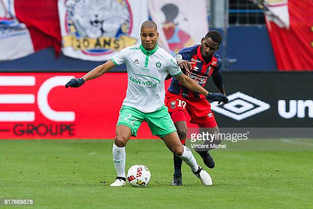 Kevin Monnet-Paquet of Saint-Etienne during the Ligue 1 match between SM Caen and AS Saint-Etienne at Stade Michel D'Ornano on October 23, 2016 in...