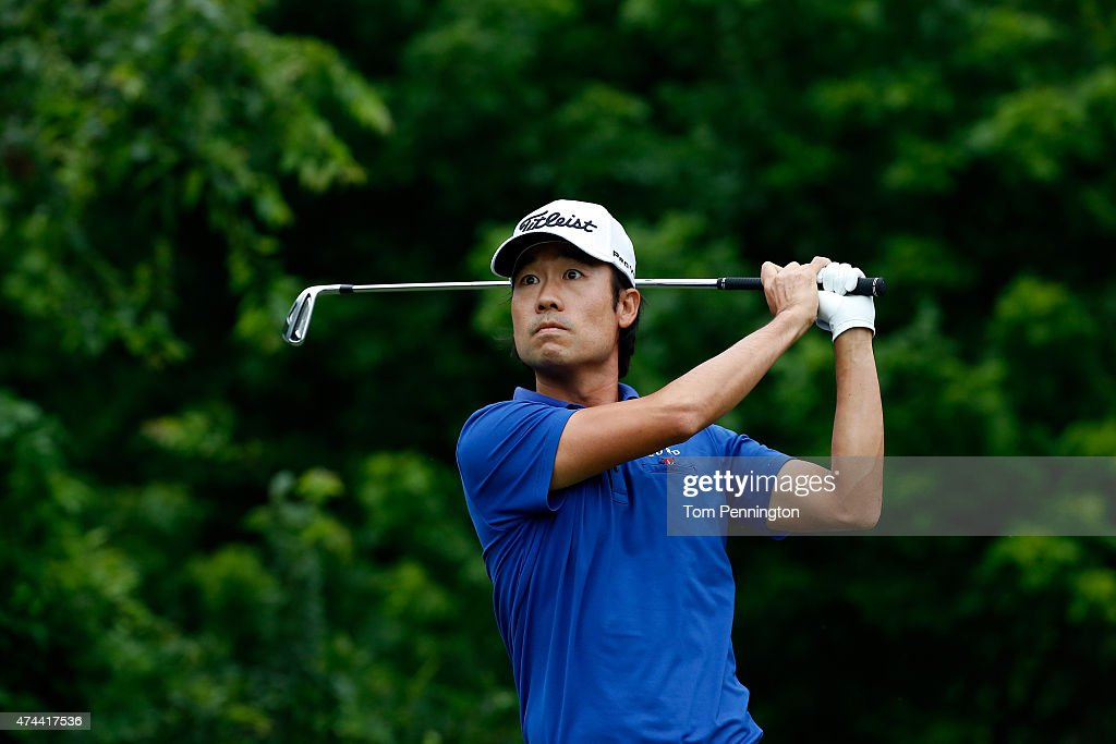 Kevin Na hits a shot from the 8th tee during the second round of the Crowne Plaza Invitational at the Colonial Country Club on May 22, 2015 in Fort Worth, Texas.