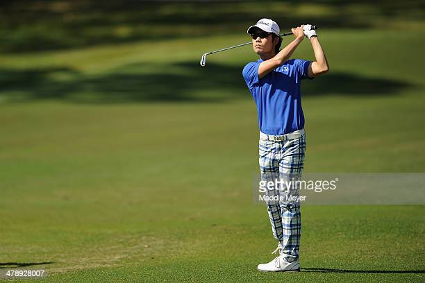 Kevin Na of South Korea plays a shot on the 5th fareway during the third round of the Valspar Championship at Innisbrook Resort and Golf Club on...