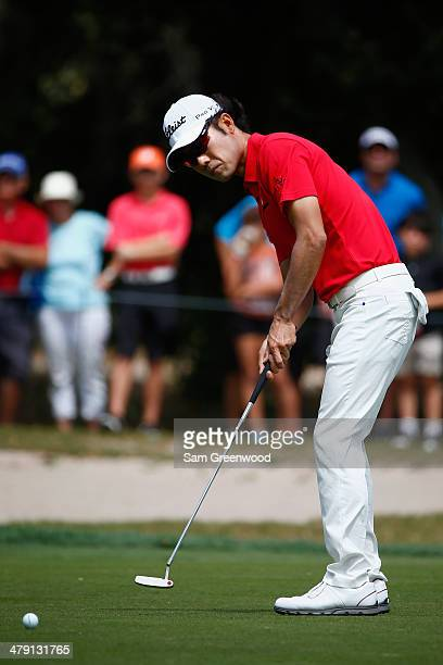 Kevin Na of South Korea putts on the 2nd green during the final round of the Valspar Championship at Innisbrook Resort and Golf Club on March 16,...