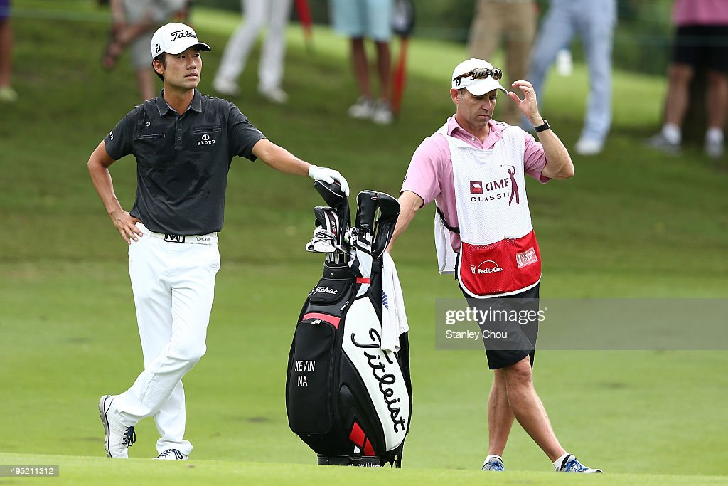 Kevin Na of the United States waits on the 6th hole during round four of the CIMB Classic at Kuala Lumpur Golf & Country Club on November 1, 2015 in Kuala Lumpur, Malaysia.