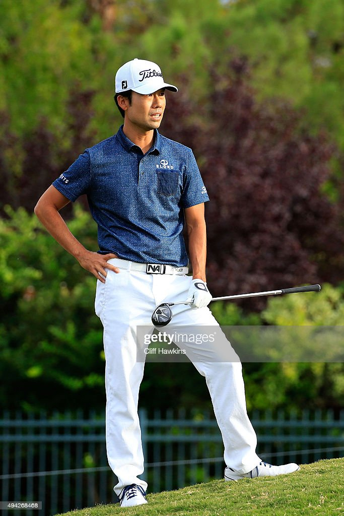 Kevin Na reacts on the 16th hole during the final round of the Shriners Hospitals For Children Open on October 25, 2015 at TPC Summerlin in Las Vegas, Nevada.