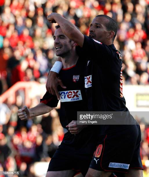 Kevin O'Connor of Brentford celebrates with team-mate Farid El Alagui after scoring the equalising goal in the last minute of the game during the...
