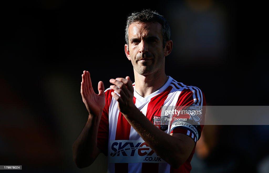 Bradford City v Brentford - Sky Bet League One : News Photo