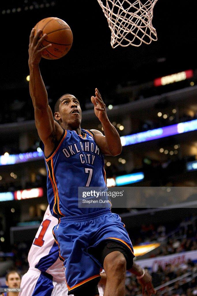 Oklahoma City Thunder v Los Angeles Clippers : News Photo
