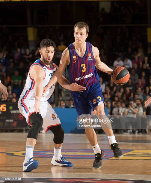 Kevin Pangos #3 of FC Barcelona Lassa in action during the Turkish Airlines EuroLeague Play Off game 4 between FC Barcelona Lassa v Anadolu Efes...