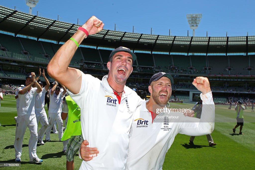 Fourth Test - Australia v England: Day Four