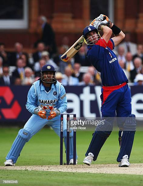 Kevin Pietersen of England hits a six during the 7th NatWest ODI between England and India at Lords on September 8 2007 in London England
