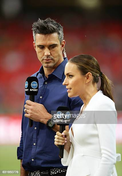Kevin Pietersen of the Melbourne Stars attends in a commentary position alongside Roz Kelly during the Big Bash League match between the Sydney...