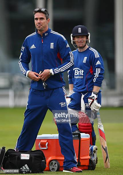 Kevin Pietersen turns up at an England nets session ahead of the one day international series against New Zealand at Lord's Cricket Ground on May 30...