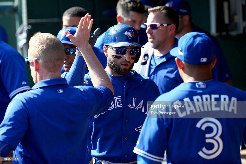 Division Series - Toronto Blue Jays v Texas Rangers - Game Four : News Photo