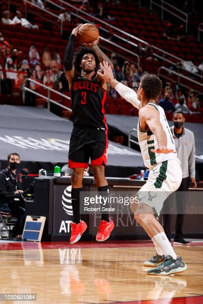 Kevin Porter Jr. #3 of the Houston Rockets shoots the ball during the game against the Milwaukee Bucks on April 29, 2021 at the Toyota Center in...