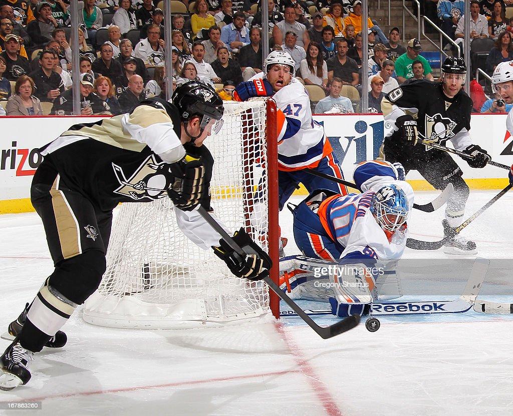 New York Islanders v Pittsburgh Penguins - Game One