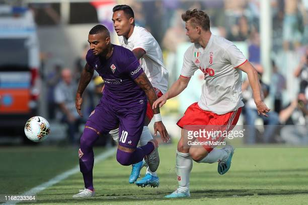 Kevin Prince Boateng of ACF Fiorentina in action during the Serie A match between ACF Fiorentina and Juventus at Stadio Artemio Franchi on September...