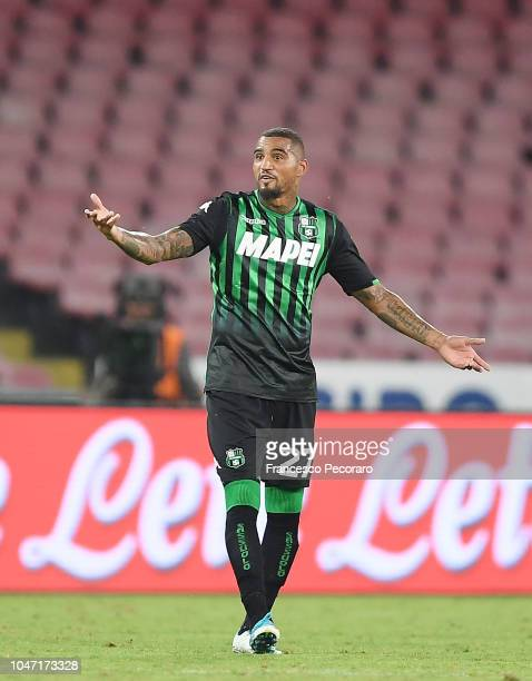 Kevin Prince Boateng of US Sassuolo stands disappointed during the Serie A match between SSC Napoli and US Sassuolo at Stadio San Paolo on October 7...