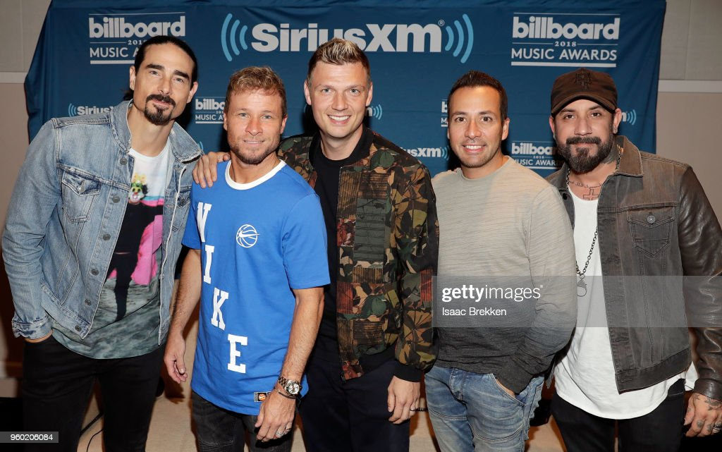 "SiriusXM's ""The Morning Mash Up"" Broadcasts Backstage Leading Up To The Billboard Music Awards : News Photo"
