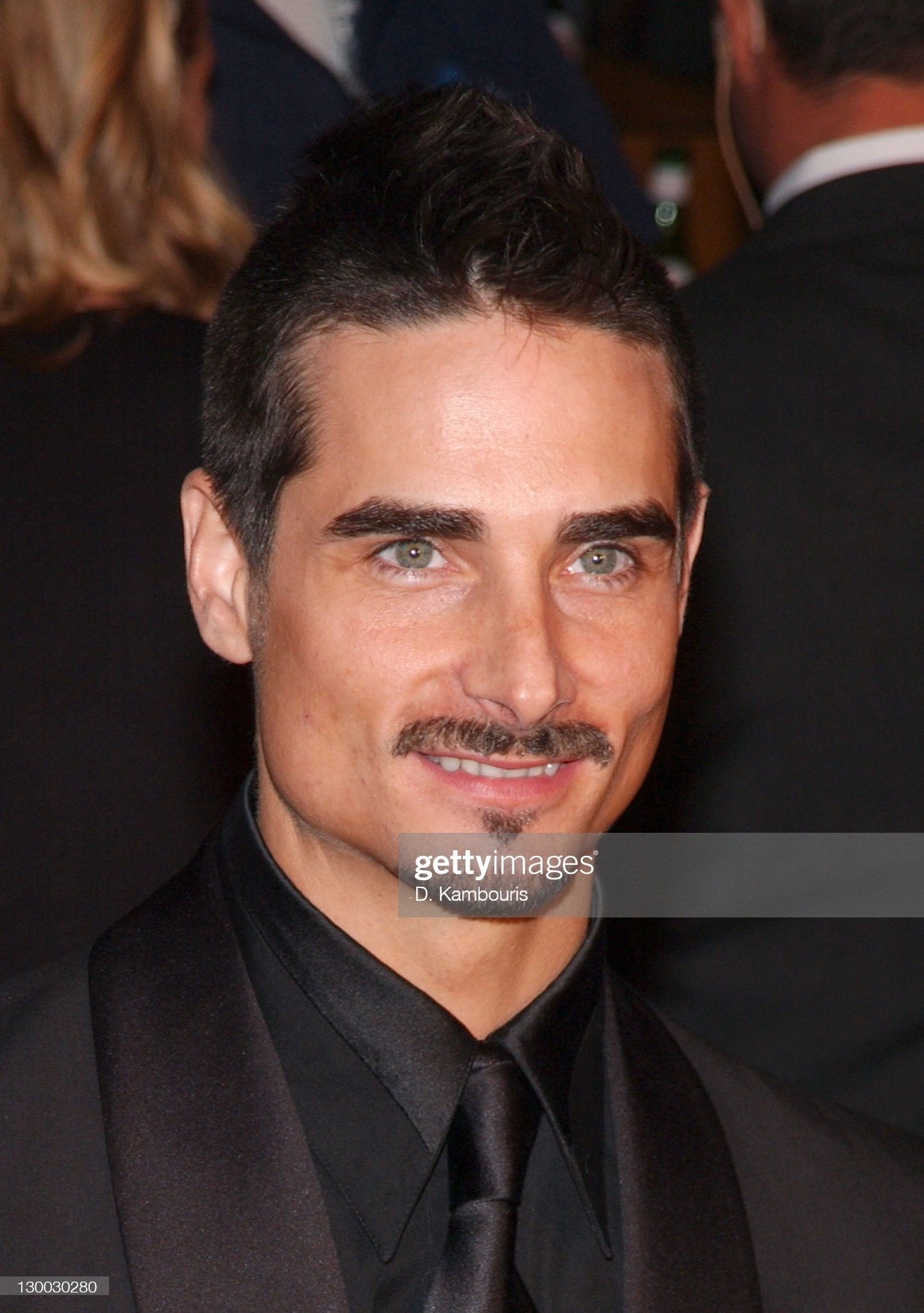 Ojos verdes - Famosas y famosos con los ojos de color VERDE Kevin-richardson-during-2002-vanity-fair-oscar-party-hosted-by-at-picture-id130030280?s=2048x2048