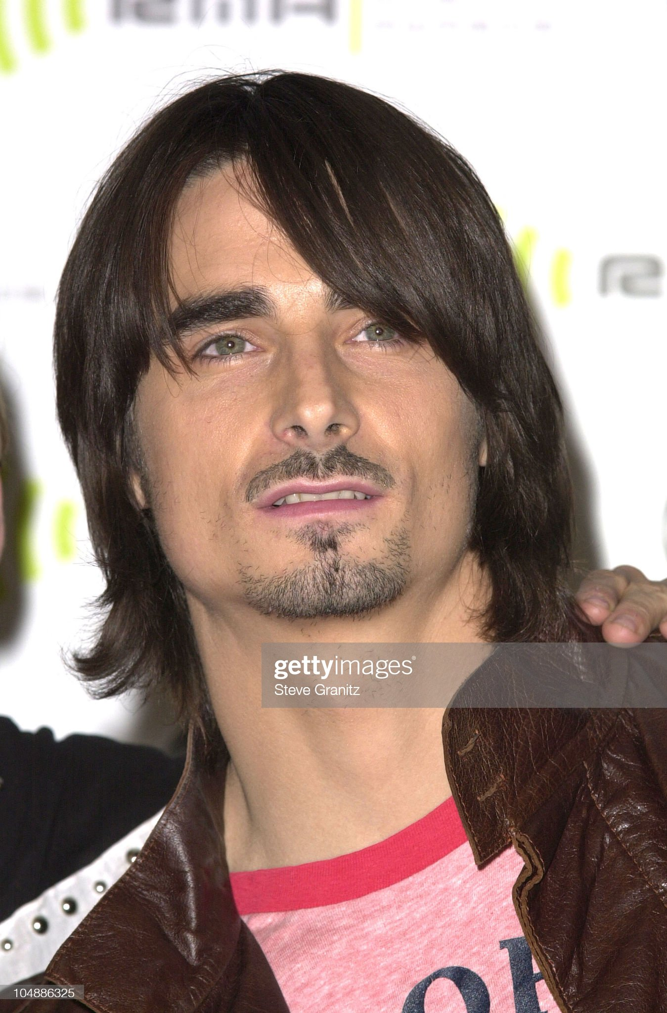 Ojos verdes - Famosas y famosos con los ojos de color VERDE Kevin-richardson-of-backstreet-boys-during-the-2000-radio-music-at-picture-id104886325?s=2048x2048