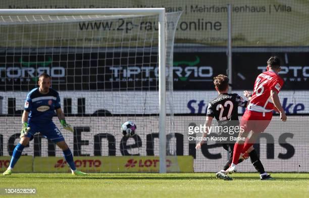 Kevin Simone Sessa of 1. FC Heidenheim 1846 scores their team's first goal during the Second Bundesliga match between 1. FC Heidenheim 1846 and...