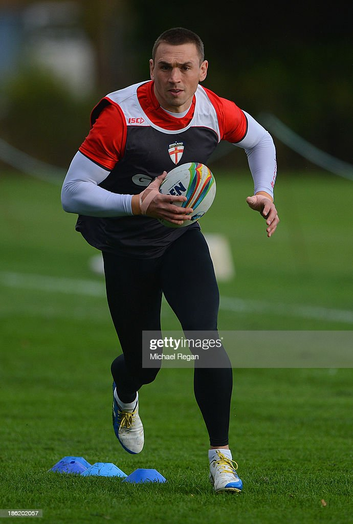 Kevin Sinfield in action during the England training session session for the Rugby League World Cup on October 29, 2013 in Loughborough, England.