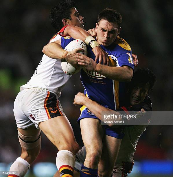 Kevin Sinfield of Leeds breaks through the Bradford defence during the Tetley's Super League Grand Final match between Bradford Bulls and Leeds...