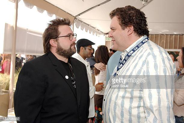 Kevin Smith and Jeff Garlin during Film Independent's 2006 Independent Spirit Awards - Entertainment Weekly in Santa Monica, California, United...