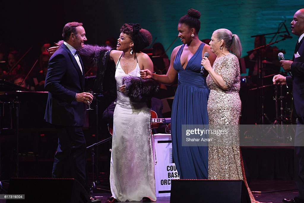 Kevin Spacey, Andra Day, Lizz Wright, Patti Austin & David Alan Grier at The Apollo Theater on October 22, 2016 in New York City.