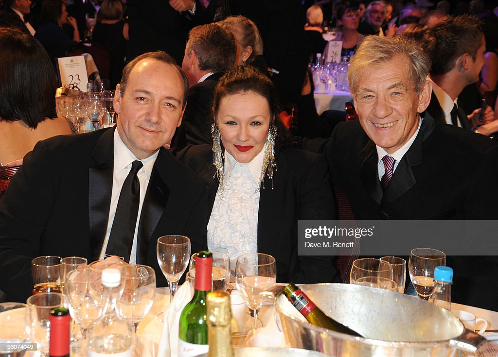 Kevin Spacey, Frances Barber and Sir Ian McKellen attend the Variety Club Showbiz Awards, at the Grosvenor House, on November 15, 2009 in London, England.