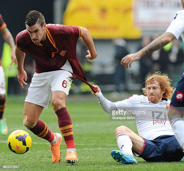 Kevin Srootman of Roma and Thomas Manfredini of Genoa in action during the Serie A match between AS Roma and Genoa CFC at Stadio Olimpico on January...