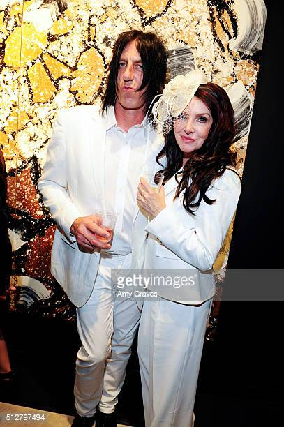 Kevin Starr and Gretchen Bonaduce attend the 'Tom Everhart 'Raw' Exhibition of His Schulzinfluenced Paintings For The First Time In Black And White...