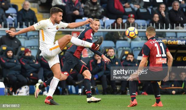 Kevin Strootman during the Serie A match between Genoa CFC and AS Roma at Stadio Luigi Ferraris on November 26 2017 in Genoa Italy