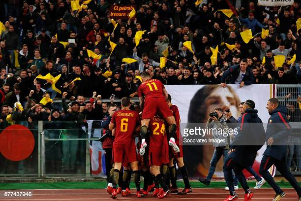 Kevin Strootman of AS Roma Alessandro Florenzi of AS Roma Aleksandar Kolarov of AS Roma Kevin Strootman of AS Roma Supporters of AS Roma during the...
