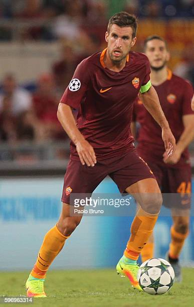 Kevin Strootman of AS Roma in action during the UEFA Champions League qualifying playoff round second leg match between AS Roma and FC Porto at...