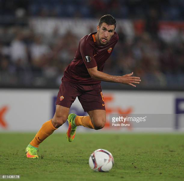 Kevin Strootman of AS Roma in action during the UEFA Europa League match between AS Roma and FC Astra Giurgiu at Olimpico Stadium on September 29...