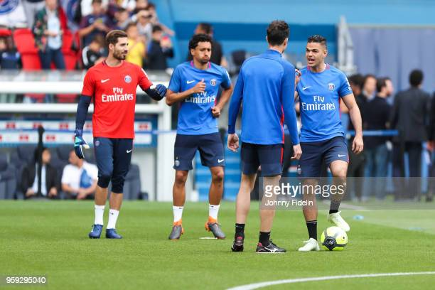 Kevin Trapp Marquinhos Thiago Motta and Hatem Ben Arfa of PSG during the training session of Paris Saint Germain at Parc des Princes on May 16 2018...