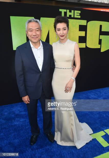 Kevin Tsujihara and Li BIngbing attend the premiere of Warner Bros Pictures And Gravity Pictures' The Meg at TCL Chinese Theatre IMAX on August 6...