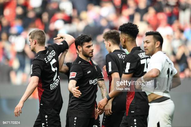 Kevin Volland and players of of Bayer Leverkusen celebrate after the Bundesliga match between Bayer 04 Leverkusen and Eintracht Frankfurt at BayArena...